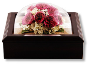Jewelry boxes desnas designs drying flowers from a wedding funeral or other momentous occasion with suspended in times revolutionary flower preservation process and sealing them in a solutioingenieria Images